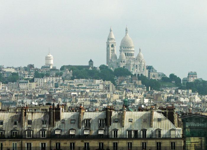 Foto uitzicht over Parijs met basiliek Sacré-Cœur